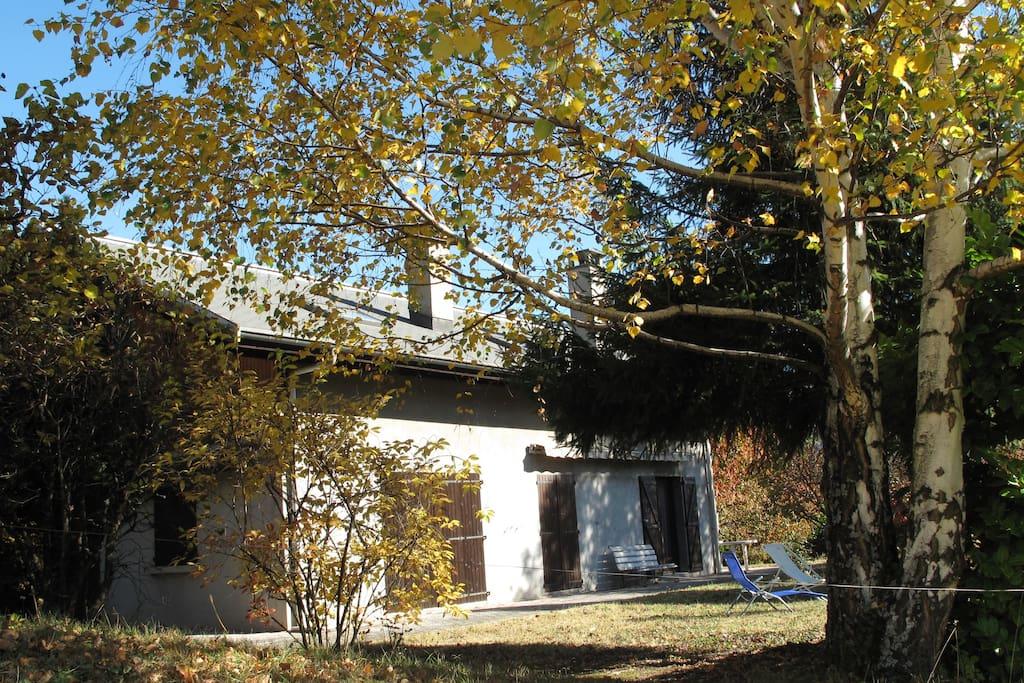 Maison moyenne montagne 12p maisons louer st jean for Maison moyenne