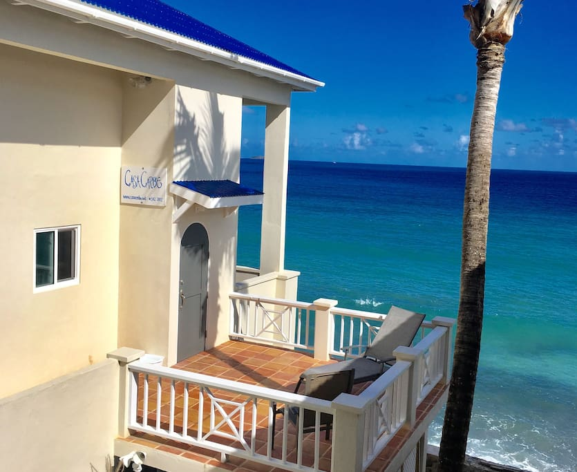 Sun deck and view of ocean.