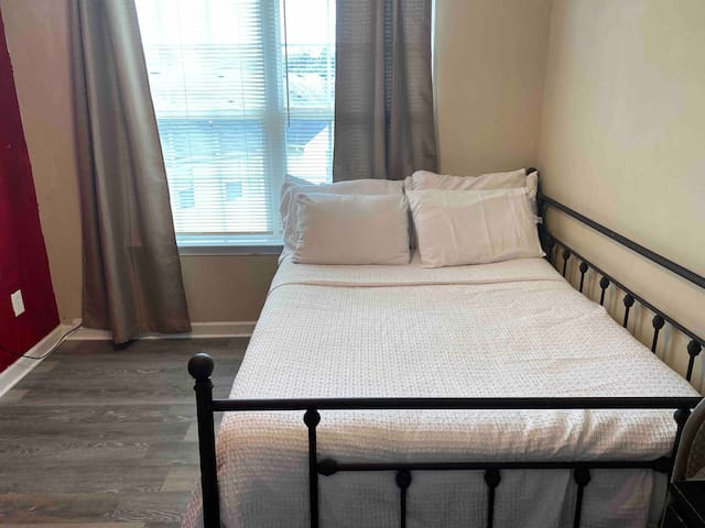 Private, clean, quiet Room! Everything you need.