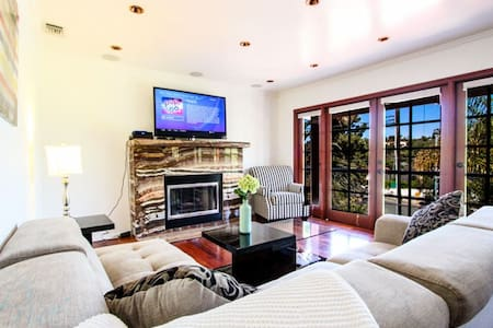 Gorgeous Two Bedroom Santa Monica Villa - Santa Monica - Talo