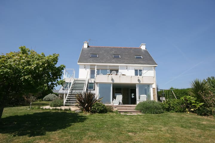 Detached villa with private pool, sauna and stunning views of the Atlantic Ocean