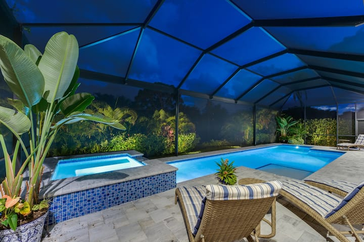 LUXURY POOL & SPA HOME - less than a mile beaches