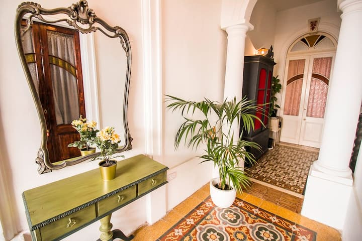 Unique and stylish! Best location in SLIEMA!