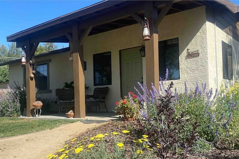 The Pines- a peaceful ranch guesthouse