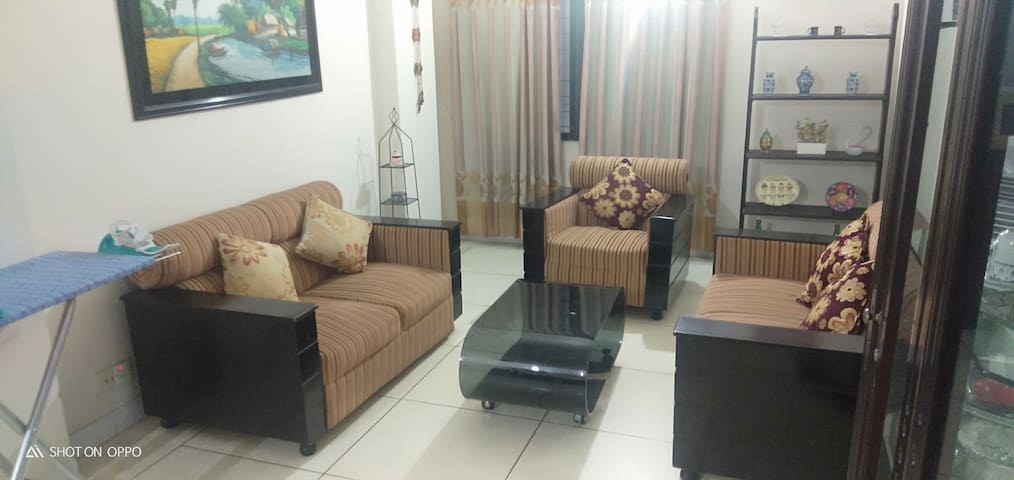 Apartment in Iqbal Road