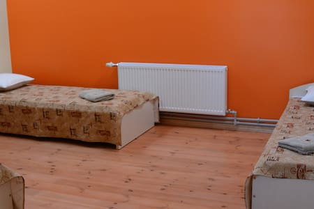 A room in Sigulda centre (3 beds) - Sigulda