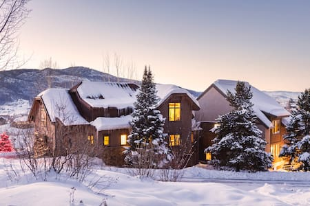 Steamboat Val D' Isere Vista Luxury Mountain Home - Steamboat Springs