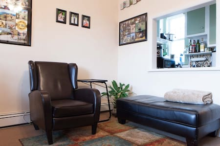 Cozy Apartment on Greenwich Avenue, 5 min to Train - グリニッチ