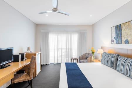 Hotel Room - Open-plan living