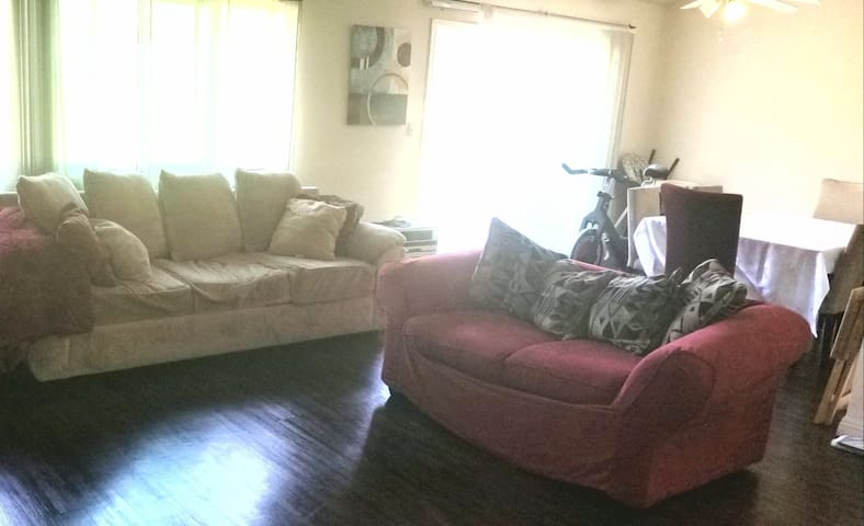 Cozy living room space in beautiful Redondo Beach