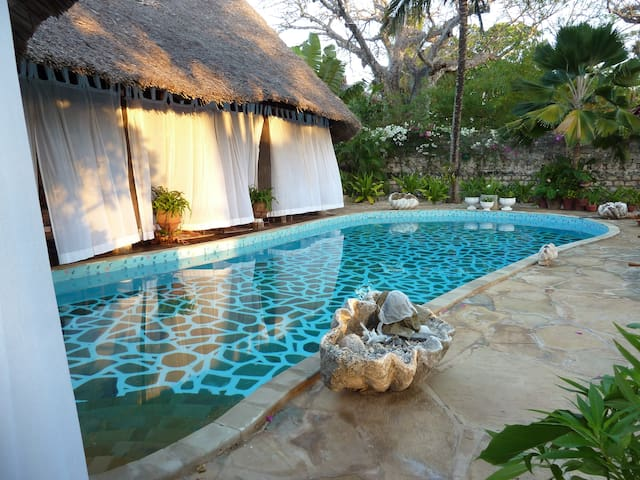Luxury Villa in Diani Beach Tajriviera Big Villa