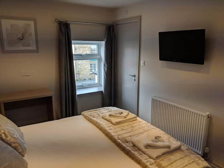 Superior Double Room @The Queens Head