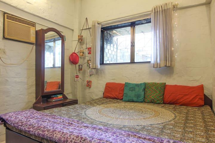 A Relaxed Chic Haven in Khar/Bandra - Mumbai - Byt