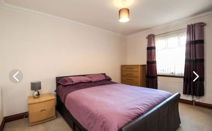 Large room in executive house on quiet cul-de-sac.