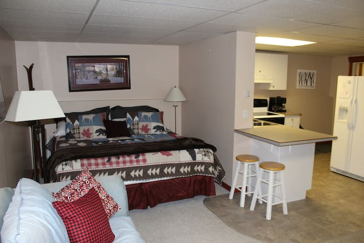 King Bed Large Bachelor suite, just like home.