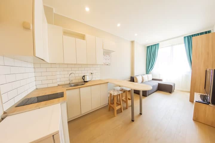 City center. Studio apartment in a new building