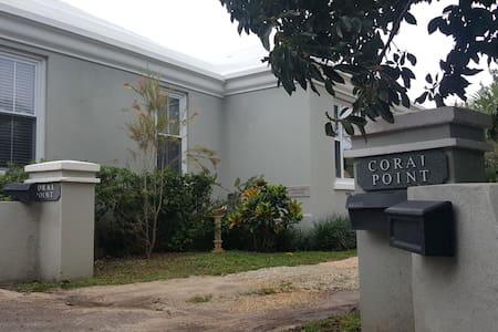 Coralpoint Cottage