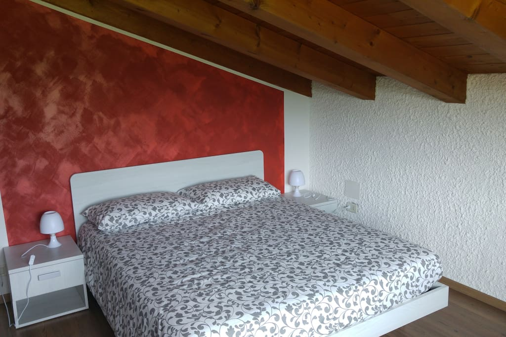 Triple room with panoramic view room 4 chambres d for Chambre hote ruoms