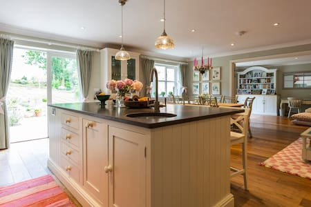 French Country Chic in Amport