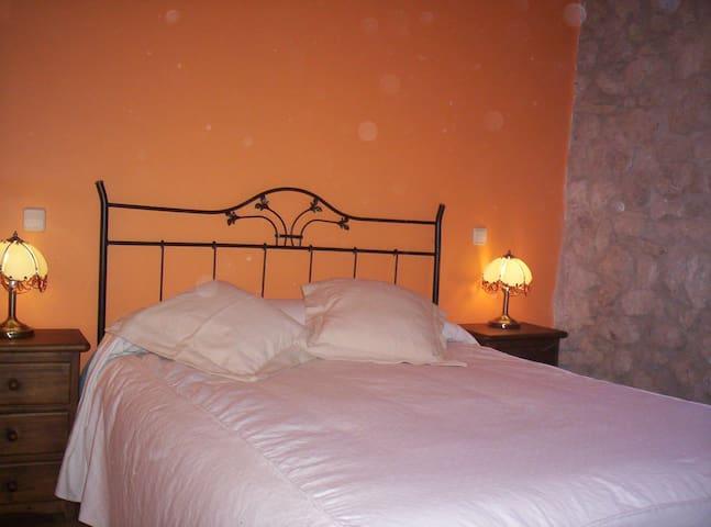Hotel,bar-restaurante,Hab12 - Miranda de Arga - Hus