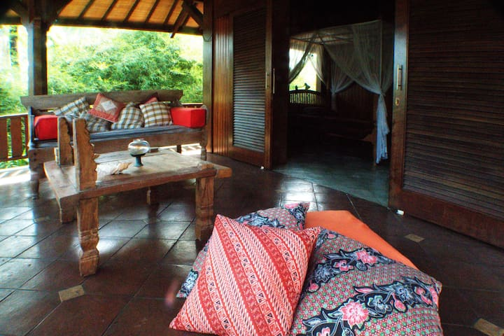 Chez Vincent at Puri Pangaea on Seseh Beach Canggu - Mengwi - Bed & Breakfast