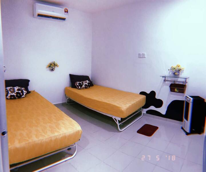 2bSingle/Private bedroom/Town area/5mins to Jonker