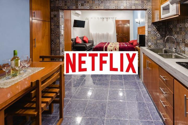 4. New!  Studio w/balcony, WiFi+, wine cooler, ...