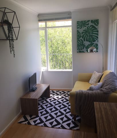 Quiet and cosy apartment - Hawthorn - Apartment