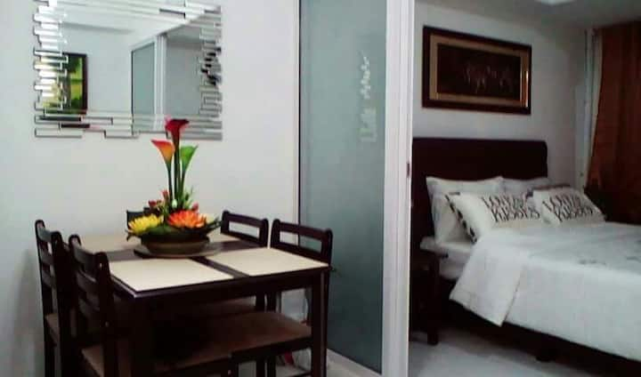 Staycation 1 BR fully furnished at Azure Residence