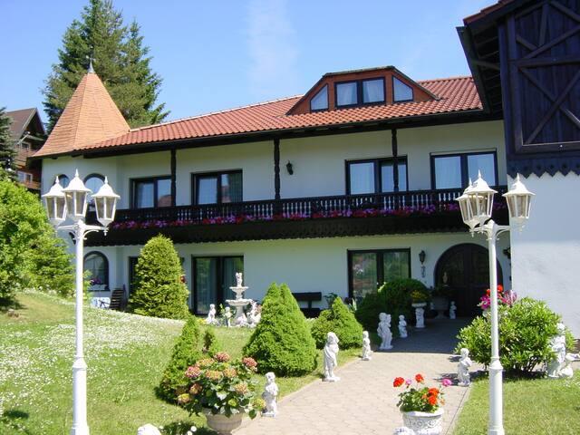 Pension Jägersruh -Ferienwohnung 2- - Fichtelberg