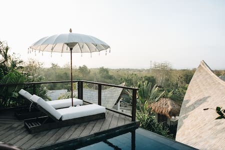 180 Degree Ocean View On Hill @ Romantic House