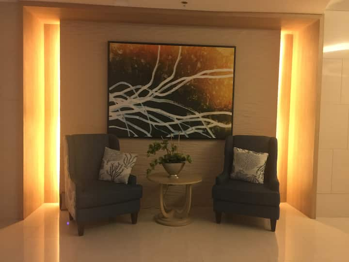 Awesome Cozy Space@ Shell Residences MOA Tower C