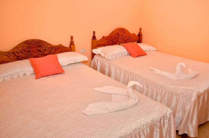 Hostal La Gitana - Room 4 - Trinidad - Hostel