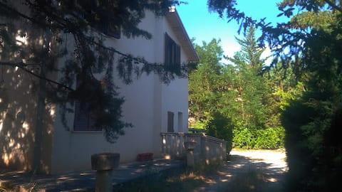 "Casa indipendente  ""Nido de L'Aquila"""