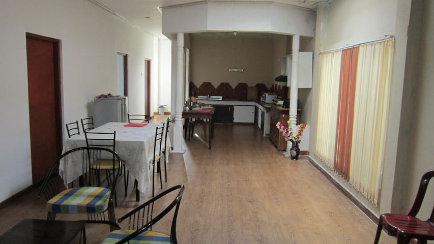 Upstair house for long term rent in Pitakotte