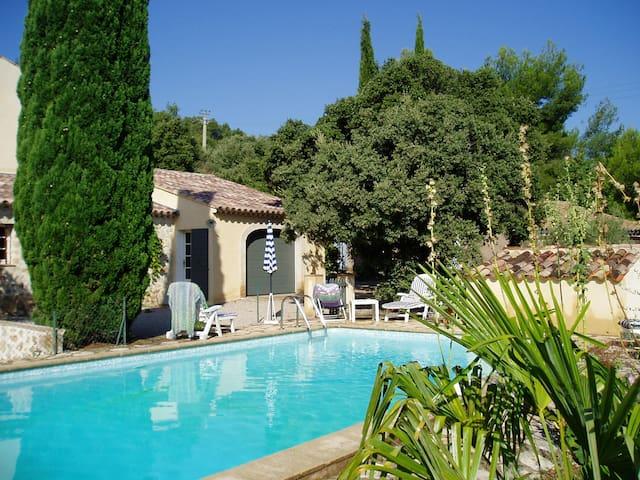 Maison individuelle de 130m2 + piscine à Cotignac