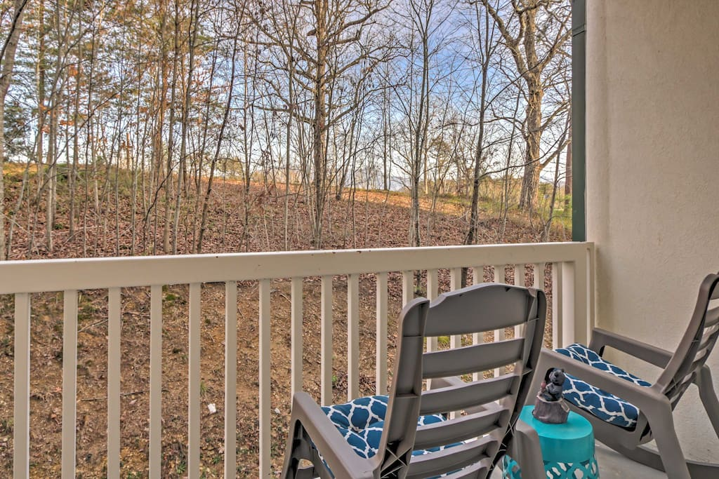 This lovely condo offers 2 bedrooms and 2 bathrooms.