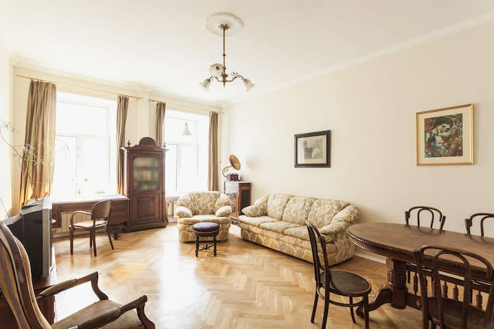 3-room apartment in the courtyards of Cappella