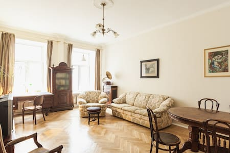3-room apartment in the courtyards of Cappella - Saint-Peterburg