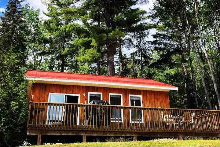 Standing Pines Lodge - Tall Pines Cottage