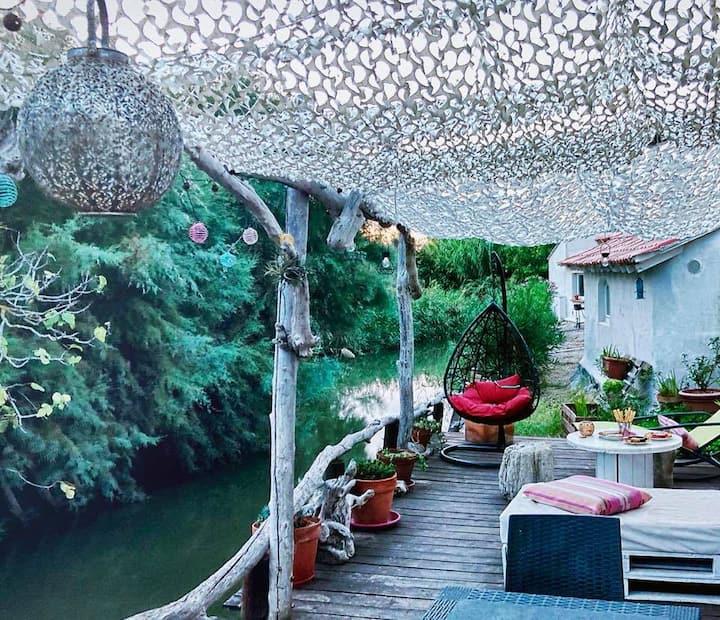 charmante maison camarguaise dans un lieu atypique