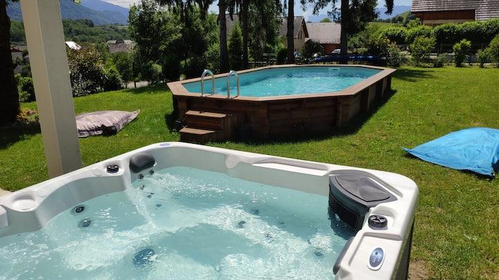 Appartement dans maison avec piscine et jacuzzi