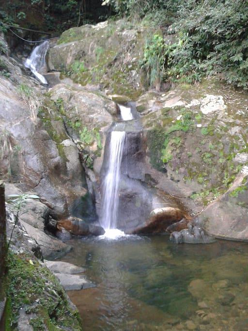 CACHOEIRA/WATERFALL