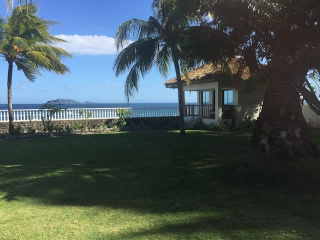 Villa Amani - Cottage by the sea - Zamboanguita - Bungalou