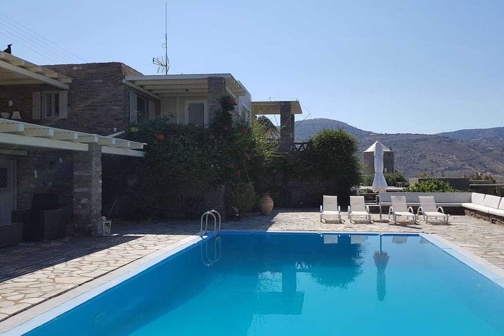 Luxury villa in kea tzia greece ville in affitto a for Isola di kea grecia