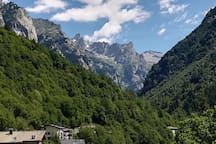 Crinale Val Di Mello visto dall'alloggio