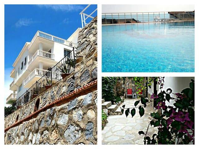 Kusadasi,5 bed villa,amazing view. - Kuşadası