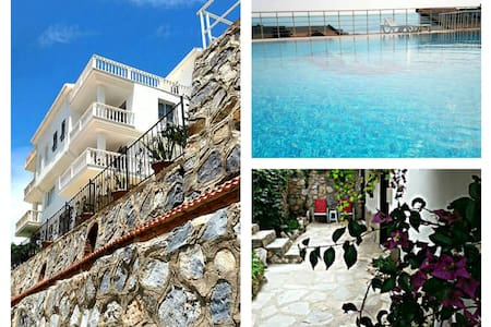 Kusadasi,5 bed villa,amazing view. - Kuşadası - Casa de campo