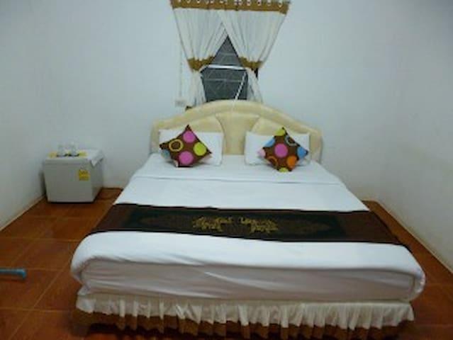Ban Rinkam Guesthouse - Mueang Chiang Rai - Bungalow
