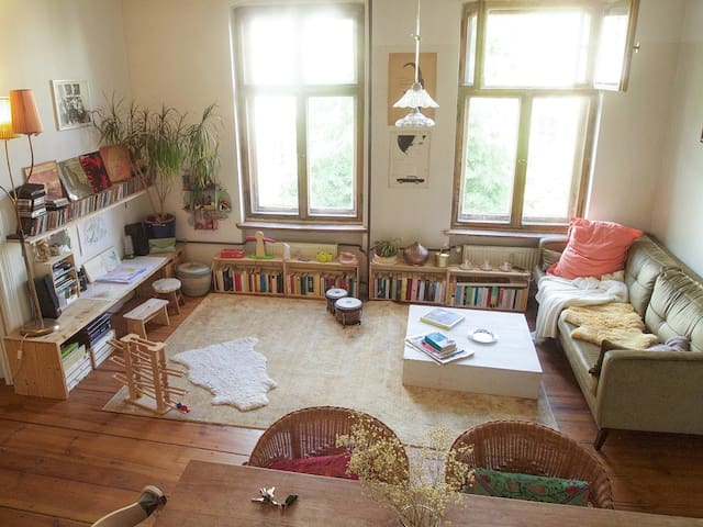 Two Rooms in a big sunny flat,  kid friendly